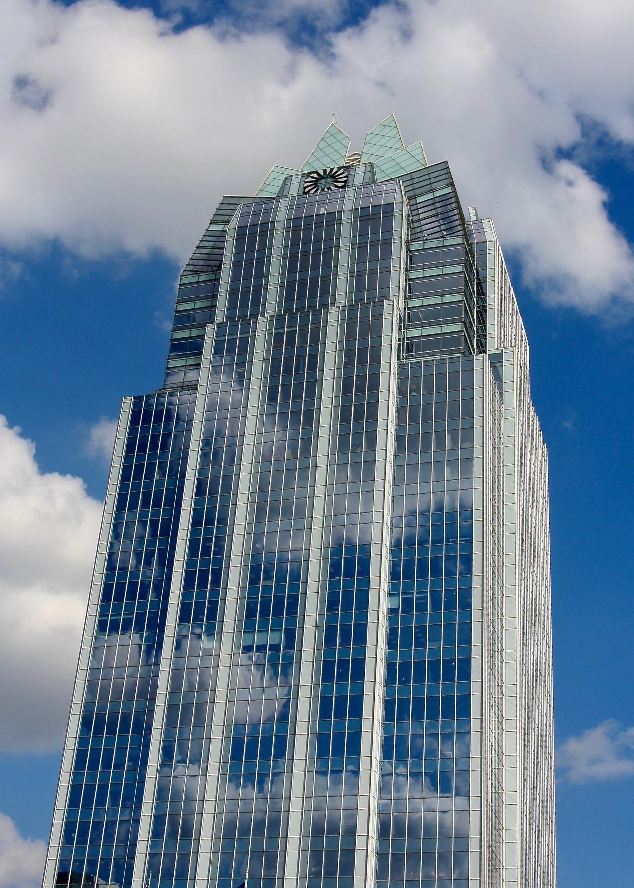 Cloud Reflection Building Austin TX 03-2007