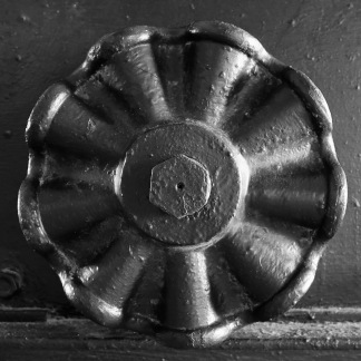 Detail of 10-inch Rodman